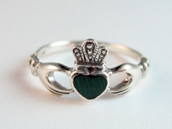 Silver Claddagh Ring with Malachite Stone