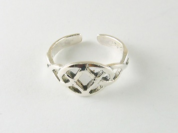 Silver Celtic Oval Toe Ring
